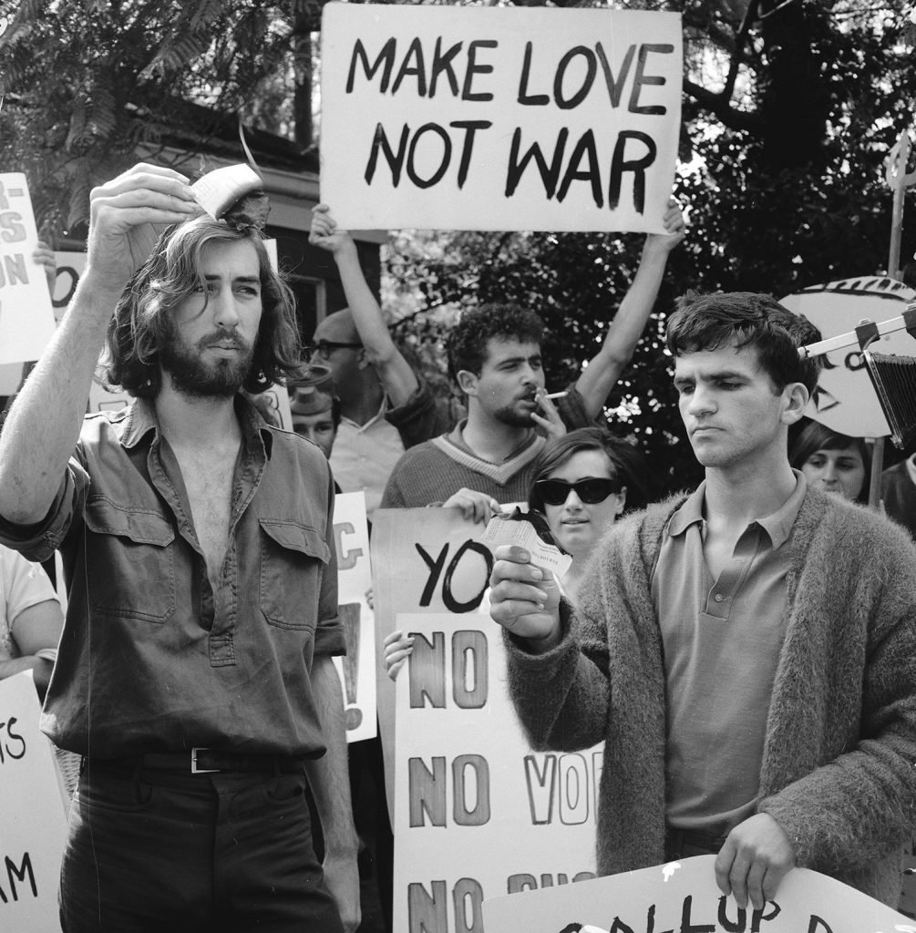 an overview of the anti vietnam movement in the united states Years of withdrawal a top-secret overview of the history of government involvement in vietnam the united states was finally out of vietnam.